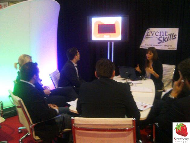 Kristina Nikolić, Direktorka marketinga Strawberry energy-a drži prezentaciju